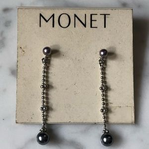 🔥 Vintage Monet Faux Grey Pearl Earrings